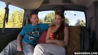 Sexy teen Vanessa Renee first tries bang buss!