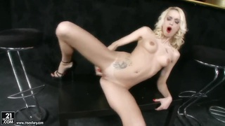 Busty blonde Erica Fontes playing with twat