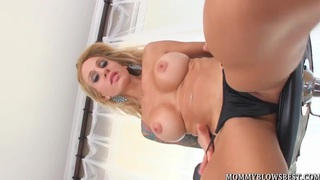 Tattooed Milf Sarah Jessie Shows Cocksucking Skill