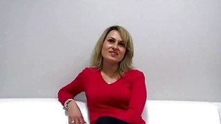 Czech MILF fucked during casting