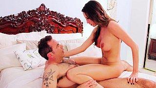 Slutty bridegroom enjoys her last cheating sex