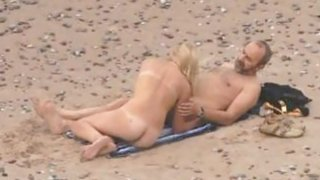 Voyeuring beach sex of my Niece