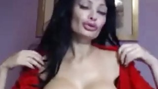 Good looking milf with big tits