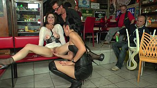 Lusty slut's double penetration