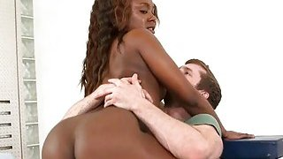Excellent and captivating ebony enjoys the sex