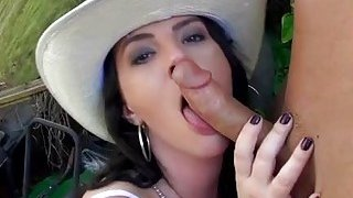 Big penis awards milf with orgasms