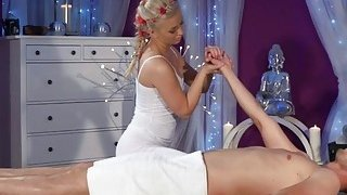 Masseuse Cayla Lyons Enjoys Stroking Long Rod