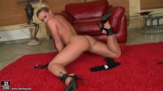Seductive bitch Kathia Nobili playing with her pussy