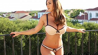 Stacey Poole showing her perfect tits