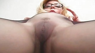 Tiny boobs chick makes show in dark pantyhose
