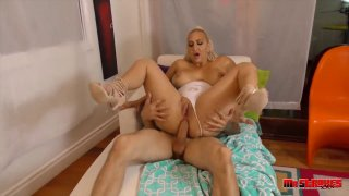 Blonde PAWG pornstar craves for hardcore ass fucking with stud