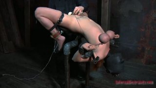 Gonzo slut Ashley Graham is tortured by a powerful sex machine and finally satisfied