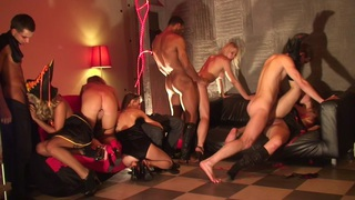 Adel & Alon & Anette Dawn & Julia Crow & Zanna in sex party showing a lustful group sex adventure