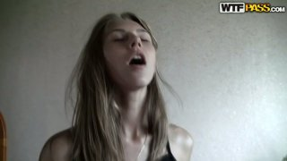 Emotional amateur slim hooker gets delight by riding a stiff hot tool